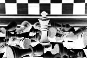 jeu d'échecs couleur noir et blanc